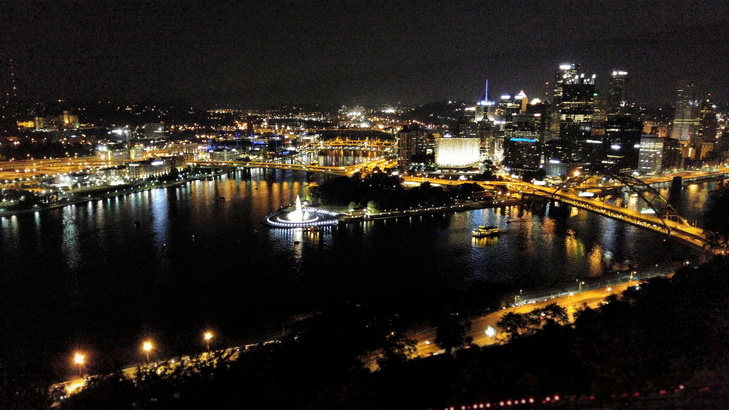 View of Pittsburgh from the top of Mount Washington